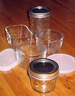 photo of glass storage containers with lids