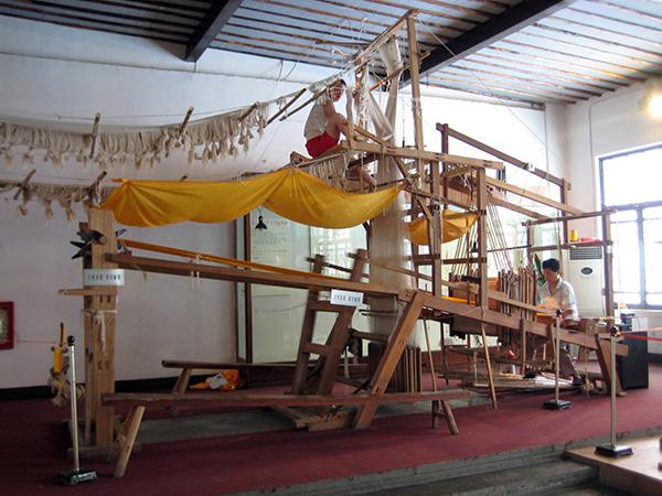 Yunjin brocade loom